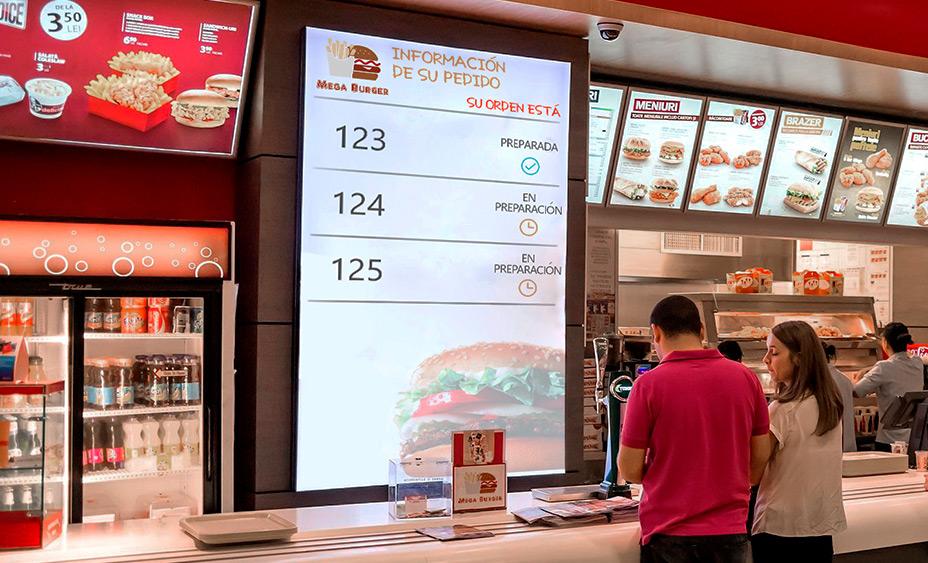 Pantalla informativa de pedidos a cliente en Fast Food
