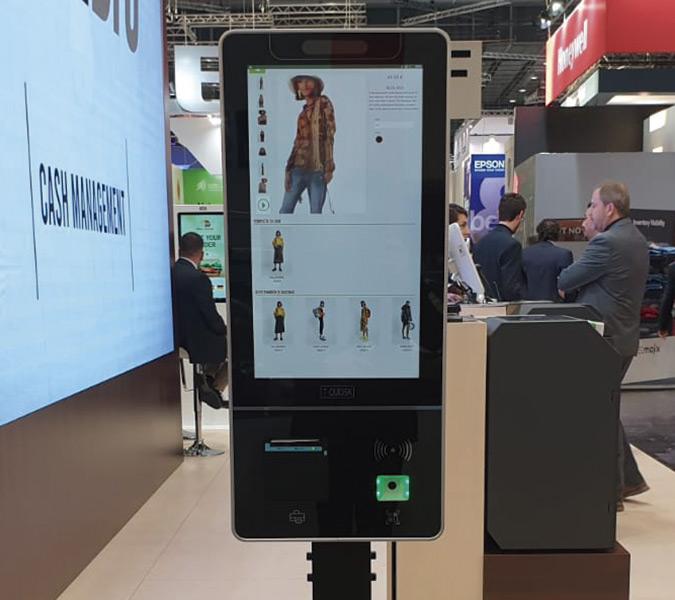 Nuevo quiosco TQ-1, de dimensiones reducidas trabaja como punto de información o como quiosco de pago con tarjeta.